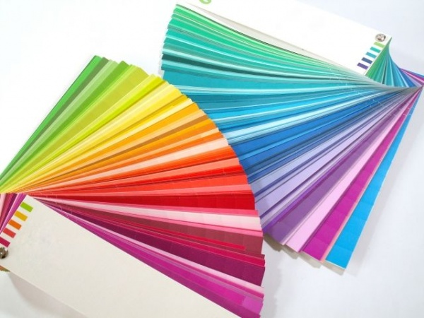 色とりどりの紙